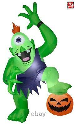 10' Gemmy Airblown Inflatable Ogre with Foot on Pumpkin Halloween Yard Decoration