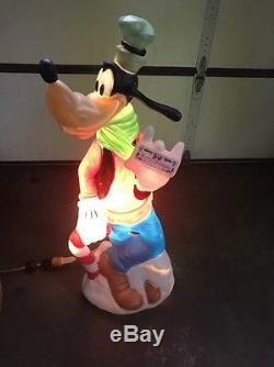 36 Disney Santas Best Goofy Lighted Christmas Outdoor Blow Mold Yard Decor