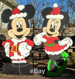 4 pc Mickey Mouse, Minnie Mouse, Goofy and Pluto Christmas yard decoration