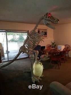 9 Ft. T Rex Dinosaur