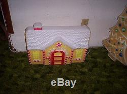 Blowmold Gingerbread Man Set 5 PIECES 3 Diff Gingerbread Don Featherstone
