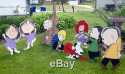 Christmas Dancinig Peanuts Gang Set of 8 Yard Art