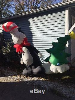Christmas Holiday Cat In The Hat Inflatable AirBlown Blow Up Yard Decoration