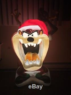 Christmas Tasmanian Devil 40 Inch Blow Mold Pre-owned Condition