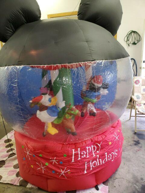 Disney Gemmy 2007 7' Christmas Carousel Airblown Inflatable Spins Lights