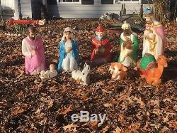 Empire illuminated Christmas nativity scene completed 12 piece blow mold set