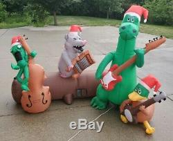 Gemmy Christmas Inflatable MUSICAL AIRBLOWN RIVER BAND Dueling Banjos 7'x5