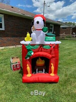 Gemmy Inflatable 7 ft Tall Snoopy on Fireplace Outdoor Christmas Decorations