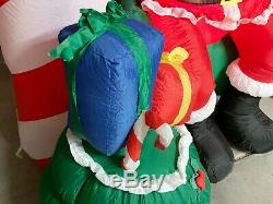 Gemmy Santa's House Inflatable 8' Light Up Santa Claus Christmas Outdoor Decor