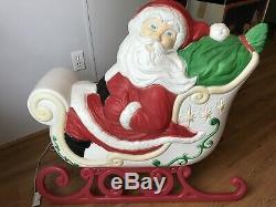 Grand Venture Santa Sleigh & Reindeers Blow Molds