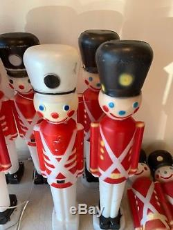 Lot Of 10 Vintage Blow Mold Toy Soldiers 31 Lawn Decor Christmas Mixed Helmets