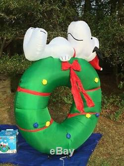 NEW Gemmy Peanuts 7 Tall Snoopy On Wreath Lighted Christmas Airblown Inflatable