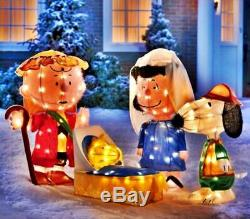 NEW Peanuts Charlie Brown Snoopy Christmas Outdoor Nativity Tinsel LED Lighted