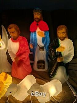 New 11-Piece General Foam Miniature Blow Mold Nativity Set (Custom Paint)
