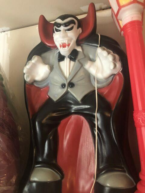New Halloween Vampire Dracula Blow Mold General Foam Plastics