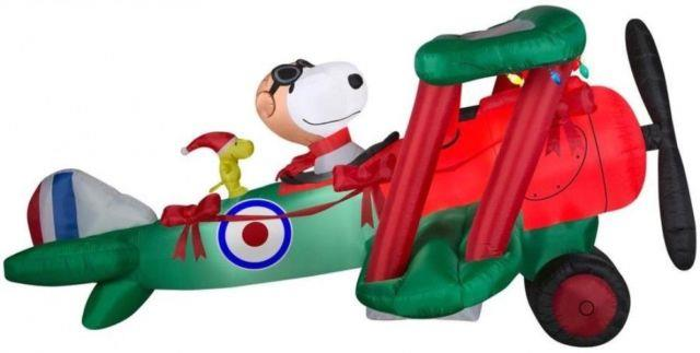 Peanuts 5.64-ft X 12.01-ft Animatronic Lighted Snoopy Christmas Inflatable
