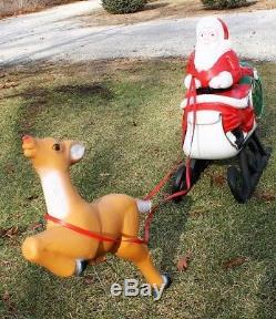 Pivoting Rare Christmas Blow Mold Santa Sleigh Reindeer Sled Yard Decor