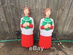 Rare Canada Pair Of Christmas Choir Caroler Girls Books Blow Mold Yard Decor 40