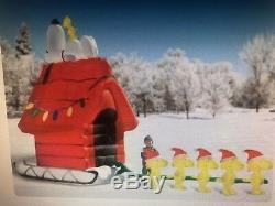 SNOOPY AND FRIENDS GIANT XMAS 17 FT Inflatable