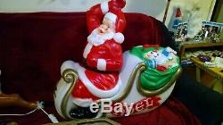 Santa Sleigh with Reindeer Lighted Blow Mold, 72 Yard Decoration, NEW