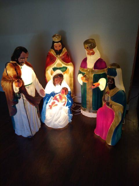 Tpi 5 Piece Nativity Blow Mold Set Large Lighted