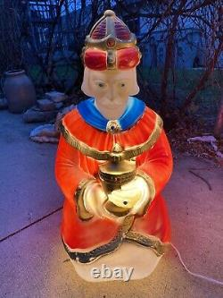 Vintage 1982 Blow Mold Christmas Lighted Outdoor Nativity Wise Men NEW ELECTRIC