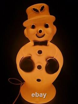 Vintage BECO 1960s Snowman Blow Mold Plastic Lighted Christmas Yard Decor 19