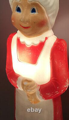 Vintage Christmas Blow Mold Mrs. Claus Lighted Union Products Featherstone VTG