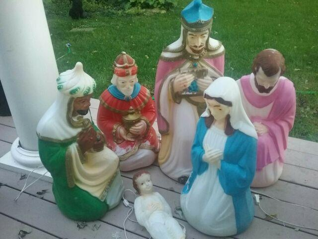 Vintage Empire Blowmold Nativity Lighted Set Of 6 Mary And With Staff
