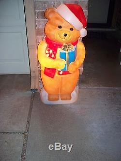 Vintage Light Up Blow Mold Material Teddy Bear Holding A Package 35 High