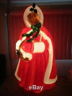 Vintage Mrs. Claus with Holly Lighted Christmas Blow Mold Decor General Foam 40