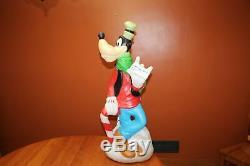 Vintage Santas Best Walt Disney Lighted Blow Mold 36 Goofy Merry Christmas 2000